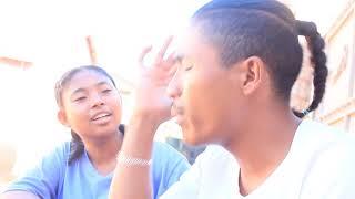 Myh en MbaLait    Ny tantara amin'ny Radio rehefa hiainana