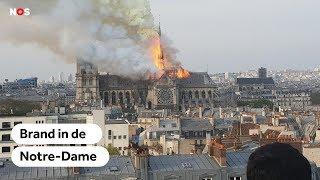 PARIJS: Notre-Dame Staat In Brand