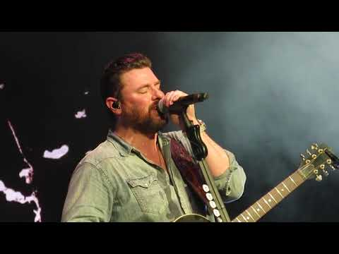 Chris Young -Raised On Country (PNC Bank Arts Center, NJ) 5/26/2019