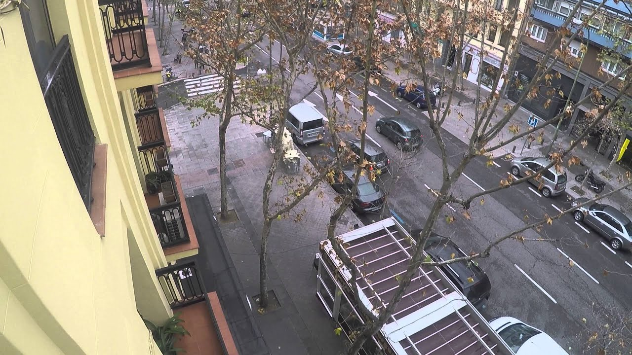 6 spacious rooms in sunny shared apartment close to Atocha station