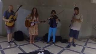 Уличные музыканты Минска: играют все от рока до классики, от