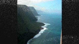 preview picture of video 'The Island of Molokai, an aerial tour'