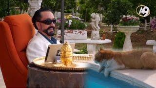 Adnan Oktar'ın havuz başındaki canlı yayını