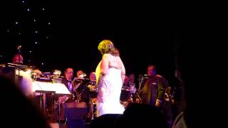 "Aretha Franklin ""Old Landmark"" (Snippet) Live at NJPAC March 14, 2015"