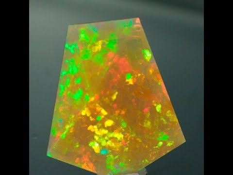 Faceted Welo Opal 17.6 Carats