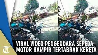 Viral, Video Pengendara Sepeda Motor Hampir Tertabrak Kereta Api setelah Nekat Terobos Jalurnya