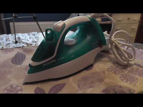 Philips GC 2520 Steam Iron - Overview & Demonstration