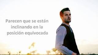 BrandonFlowers - Playing With Fire [live]  (sub español)
