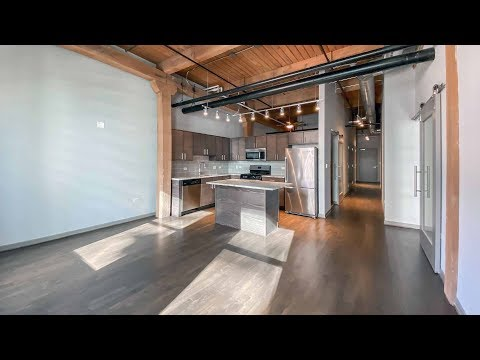A park-view 2-bedroom, 2-bath at Streeterville's Lofts at River East