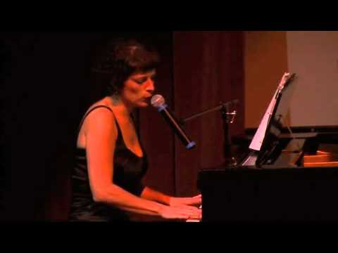 "Kirsten Paludan performs her original song, ""You Remind Me"", Lawrence, KS, September 17,2010"
