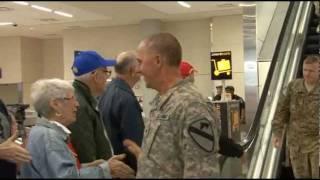 Troops At DFW Nov 23 2011