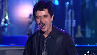 "Green Day perform ""Rockaway Beach"" at the 2002 Rock & Roll Hall of Fame Induction Ceremony"