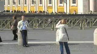 preview picture of video 'Tourists taking pictures at ST.peter vatican city...'
