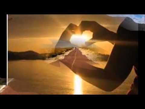 Marco Mengoni  - Spari nel Deserto - (#Prontoacorrere 2013)
