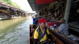 preview picture of video 'Damnoen Saduak Floating Market'