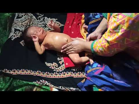 How to Oil Massage Newborn Baby - Infant Massage - Tel Maalis