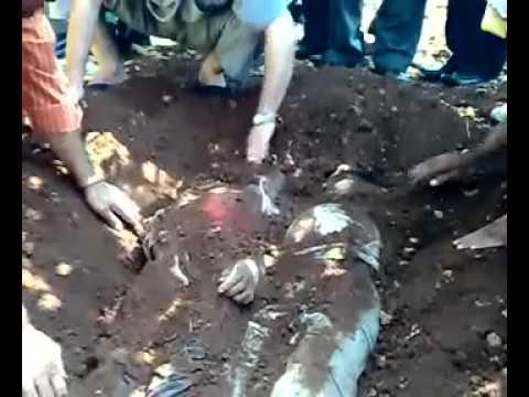 هل هذه المقابر في إسرائيل أم في سوريا ؟؟!!