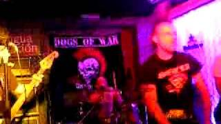DOGS OF WAR - Dogs of war (the exploited cover)