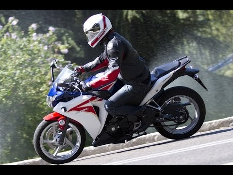 Prueba Honda CBR250R 2012