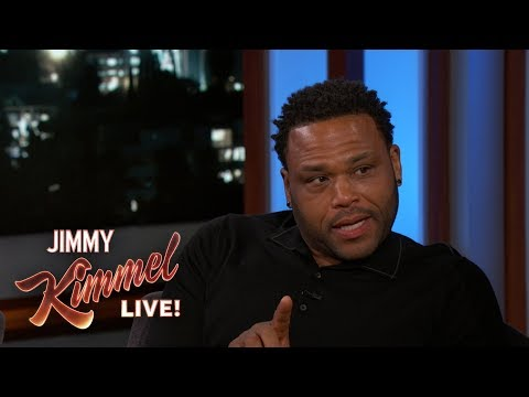 , title : 'Anthony Anderson's Mom Befriended His Stalker'