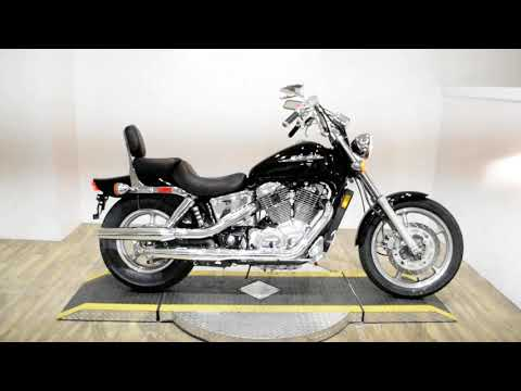 2002 Honda Shadow Spirit in Wauconda, Illinois - Video 1
