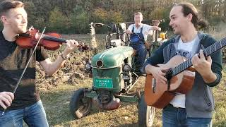Tractor Beat and Violin Music HD