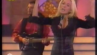 """LEJOS DE AQUELLA NOCHE - Marta Sánchez - Álbum """"Mujer"""" -  Pasarela (Canal 9) 1994"""