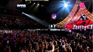 will.i.am, apl.de.ap & CL (From 2NE1) - Where Is The Love? [Live] - MAMA 2011