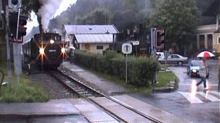 preview picture of video 'ÖBB Pinzgaubahn No.399.01 at Mittersill in August 1999'