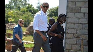 Barack Obama arrives in Kogelo