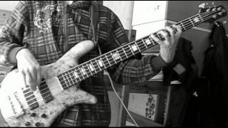 Eyes set to kill - Sketch in black and white (BASS cover)