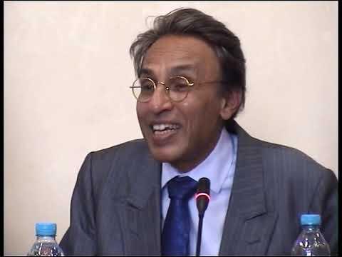 Enseigner la religion, Enseigner les faits religieux - Aziz Esmail