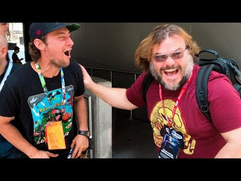 Jack Black surprises a fan he finds wearing a Tenacious D tshirt