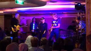 """Amanda Shires: """"Even the Losers"""" (Tom Petty song) (Cayamo cruise, Feb 2019)"""