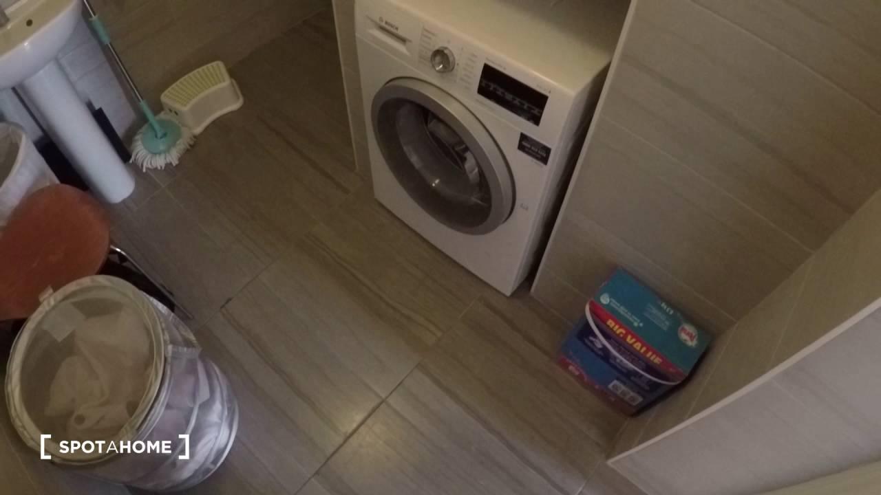En-suite room to rent in duplex apartment in Knocklyon