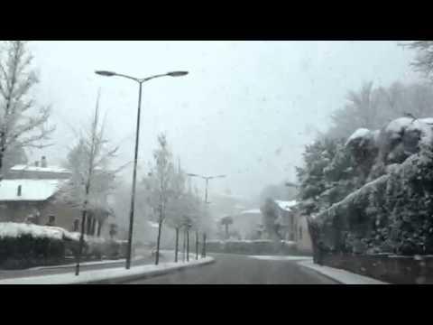La neve in viale Europa
