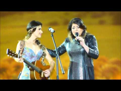 Música A Majestade o Sabiá (part. Roberta Miranda)