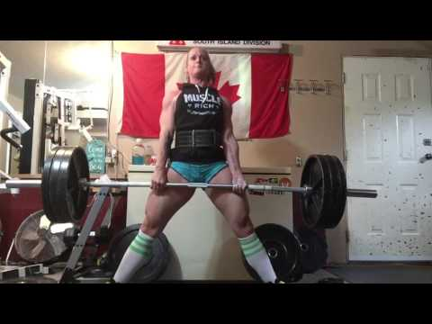 The Paused Sumo Deadlift
