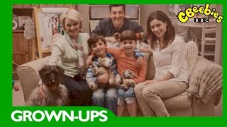 CBeebies Grown-ups: Topsy and Tim S2 – A tour of our new house.