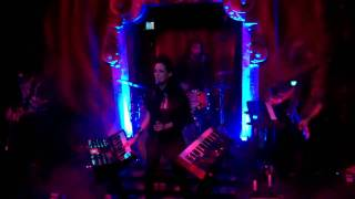 Juliette Commagere Performs at Bardot for School Night