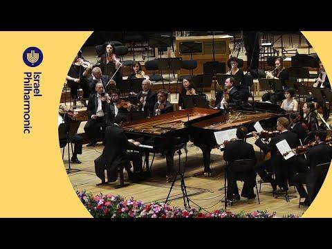 יוג'ה ואנג ולהב שני בדואט פסנתר מושלם ליצירה קלאסית