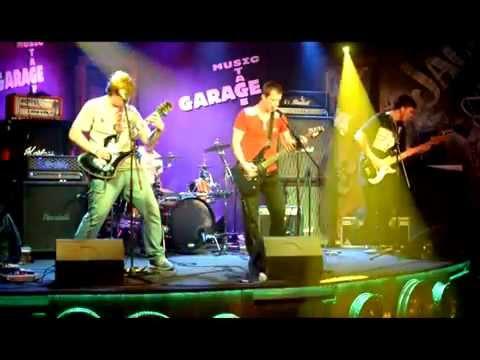 Zotrwačnosť - Zotrwačnosť - Pravý domov (live in Garage music bar 2014)