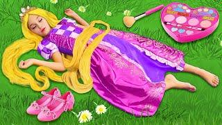ボリュームのある髪型のサーシャは美容院で遊