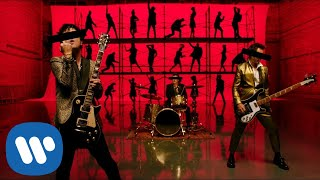 "Green Day ""Father of All..."" Music Video"