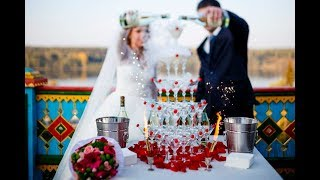 Шоу на свадьбу: бармен шоу, горка шампанского, выездной бар