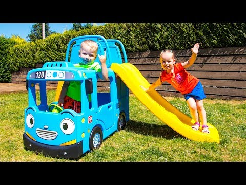 The Wheels On The Bus - Nursery Rhymes song for Kids by Gaby and Alex