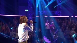 Laura Pausini  Vivimi Luna   The Voice Kids 2015   Blind Auditions   SAT 1