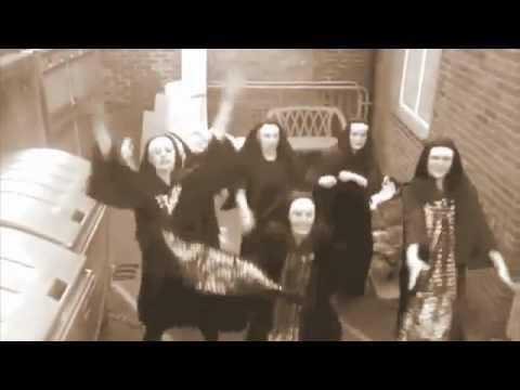 Disco dancing Nunz - The Tango Rhums