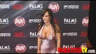 LISA ANN Arriving at 2010 AVN AWARDS SHOW Las Vegas