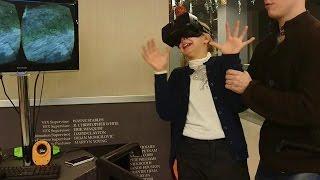 Ксюша впервые пробует 3D ОЧКИ Виртуальной реальности  МАМА ПЛАЧЕТ ОТ СМЕХА  😂 Новое видео на канале